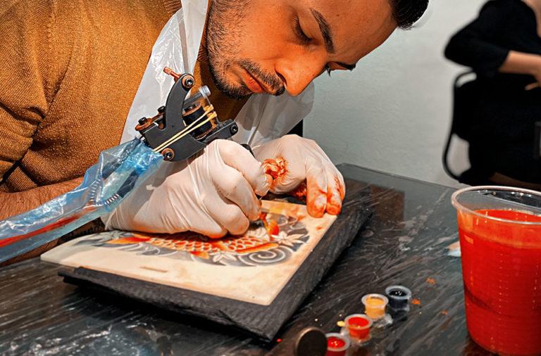 devenir tatoueur professionnel
